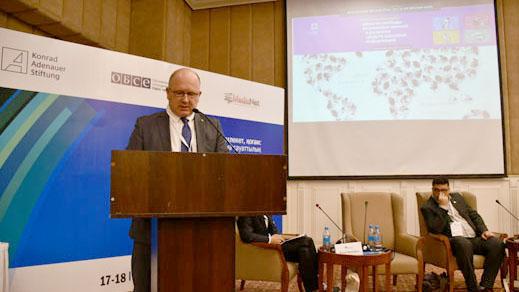Презентация глобальных тенденций в развитии СМИ на Центрально-Азиатском Форуме InternetCA-2018 ©ЮНЕСКО в Алматы